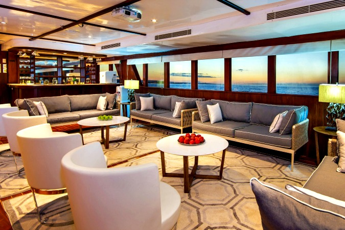 Lounge and bar, Galapagos Odyssey motor yacht, Nov 2016